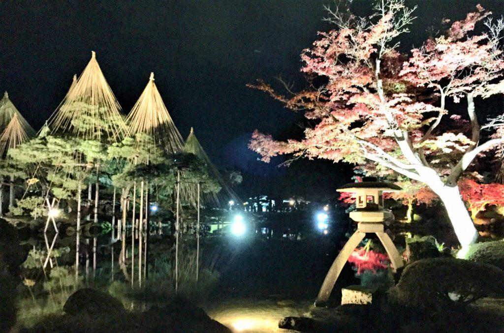 【紅葉】石川・金沢兼六園の見頃・混雑時間・駐車場やライトアップ2019について 唐崎松ライトアップ