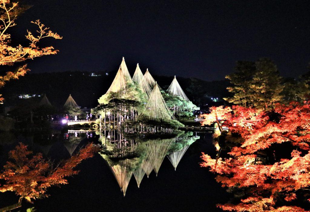 【紅葉】石川・金沢兼六園の見頃・混雑時間・駐車場やライトアップ2019について 2019栄螺山からの眺望