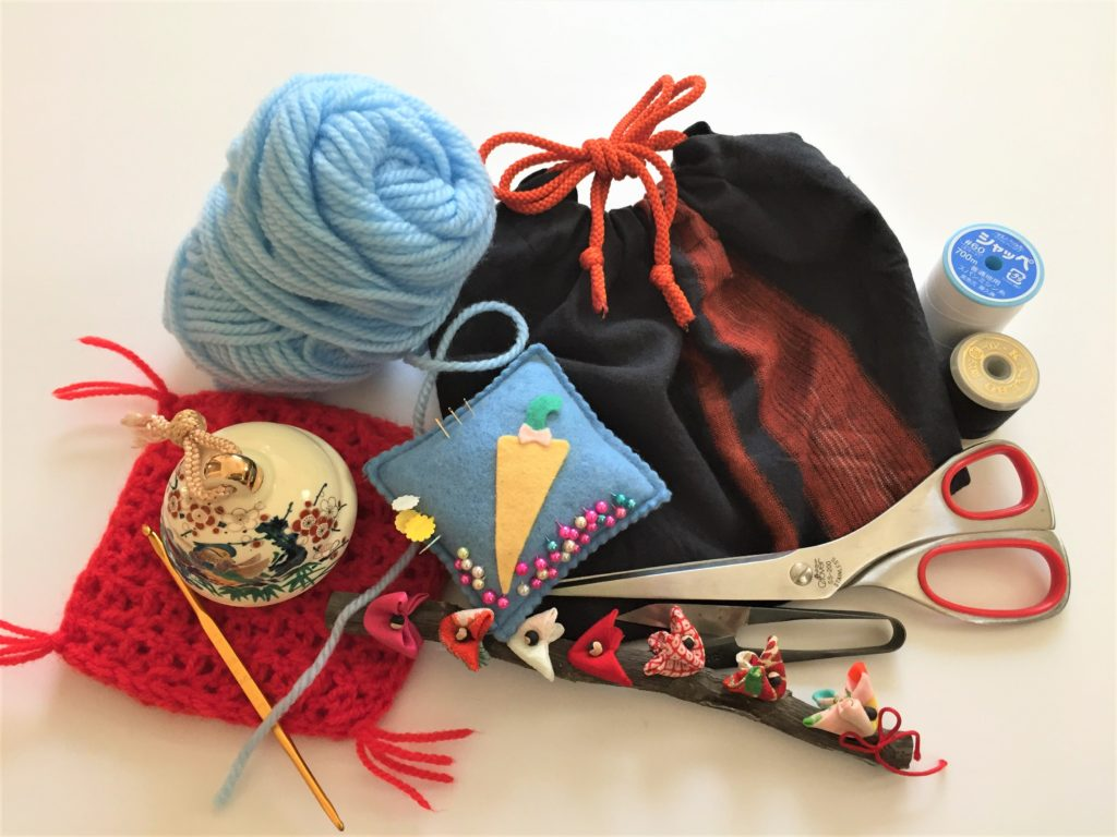 老人向けの暇つぶしグッズ25選【使う・見る・聞く】の3パターン別 裁縫・編み物
