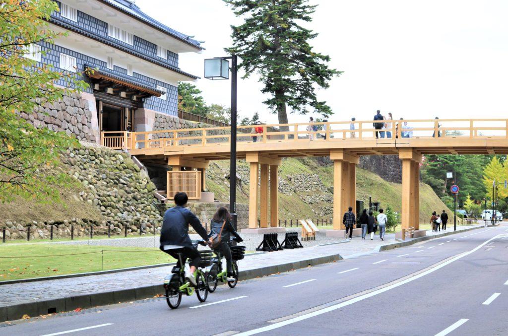 兼六園・金沢城公園など金沢観光には【バス】【自転車】がおすすめ! まちのり自転車で観光