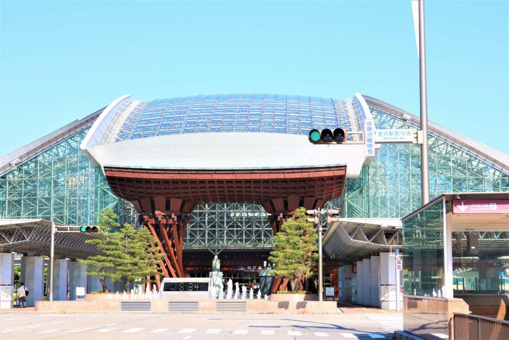兼六園・金沢城公園など金沢観光には【バス】【自転車】がおすすめ! もてなしドーム 外観