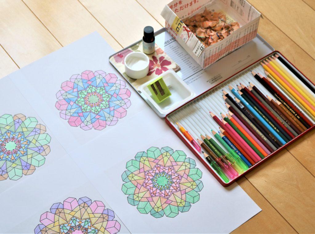 大人の塗り絵おすすめ道具4種!初心者も使いやすい色鉛筆や水彩ペン おばあちゃん愛用の塗り絵の道具一式